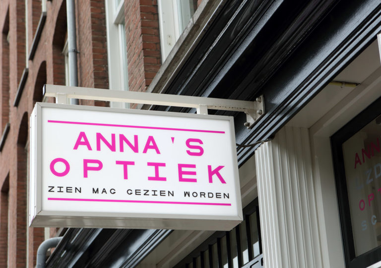 Anna's Optiek lichtbak
